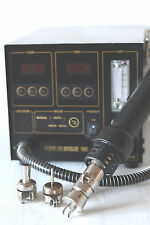 Hakko 852 SMD Hot Air Rework System with Nozzles Never been used.