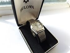 "Vintage ""BULOVA"" ACCUTRON Calendar Quartz Wristwatch With original box. Working"
