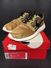 DS NEW NIKE ROSHE RUN GOLD HYPERFUSE GPX SIZE 10 TEAM IGUANA YEEZY MINT ONE 9.5