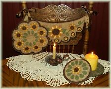 ~*PriM SuNfLoWeRs*~PATTERN Chair Swag~Penny Rug~Candle Mat~Mug Rug PATTERN!!