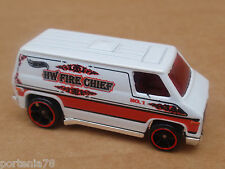 2015 Hot Wheels SUPER VAN 55/250 Rescue LOOSE White FIRE CHIEF