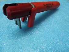 ST-100-30 Adjustable Wire Cutter Stripper pour couper et dénuder