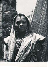 COMORES c. 1940 - Jeune Femme de Domoni Anjouan Afrique - DIV130