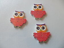 10x WOODEN BUTTONS, CRAFTS, TEXTILES, CARD MAKING - RED POKADOTS OWLS