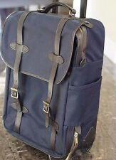 USED TWICE FILSON $725 NAVY ROLLING CHECK-IN BAG MEDIUM LEATHER WHEELED DUFFEL