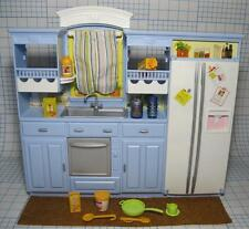 Diorama Dollhouse Play All Day Blue Kitchen Stove Sink refrigerator~Food Dishes