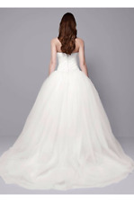 Beautiful Authentic VERA WANG Draped Wedding Dress Gown with Sash Bow, Veil