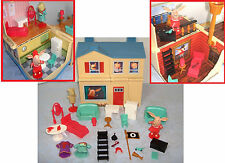 OLIVIA the pig Dollhouse transforming Pirate Ship Playset lot doll accessories