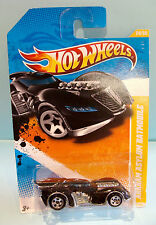 1205 HOT WHEELS / CARTE US / HW PREMIERE 2011 / ARKHAM ASYLUM BATMOBILE 1/64