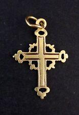 Très belle ancienne petite croix régionaliste pendentif en or 18 carats