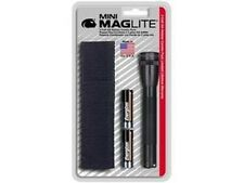 Maglite AA 2-Cell Battery Mini Flashlight with Holster M2A01H Combo Pack