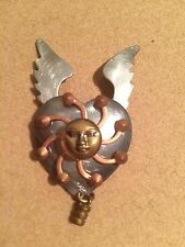 **VINTAGE 1995 ARTISAN HANDMADE STEAMPUNK PIN / BROACH-HEART,ANGELWINGS-MOONFACE