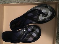 Burberry jelly navy flip flops mismatch right 38 left 39