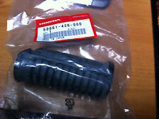 GENUINE HONDA  CX500  CB400  CB450  CT110  FOOTREST RUBBER  50661-426-000   NOS