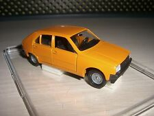 Renault r 14 Orange 1:43 solido