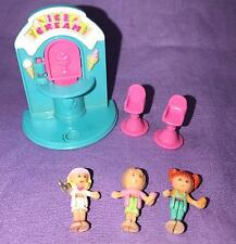 Polly Pocket Ice Cream Fun stand COMPLETE with 3 dolls 1995 Bluebird Vintage