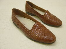 TROTTERS Good-Looking Brown Woven Leather Flats -    Women's Size 7 N
