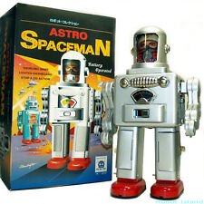 Tin Toy Robot Astro Spaceman Battery Operated Astronaut