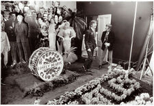 """The Beatles Sgt. Pepper's Photo Sesson 13x19"""" Photo Print"""