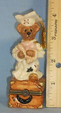 Boyds Collection Graduate Bear Trinket Box 1E/1622 c.1999 Ticket to the World