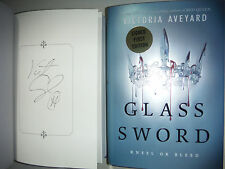 ***SIGNED 1st Print/ED*** Glass Sword by Victoria Aveyard (Red Queen) NEW
