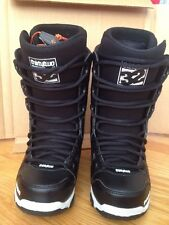 Slightly Used Thirty two Prion Snowboard Boots
