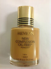 Revlon New Complexion Oil-free Liquid Makeup Foundation Spf 4 ( TOAST ) NEW.