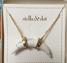 STELLA & DOT ARC PENDANT NECKLACE New In Box!!