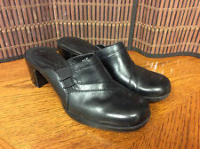 Clarks ladies shoes clogs size 8M black slideon leather F5