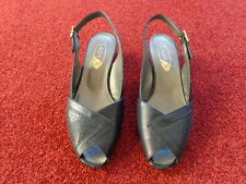LADIES LEATHER SHOES SIZE 5 WIDE FIT NEW GOOD QUALITY SUMMER SLINGBACKS