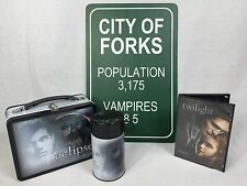 New TWILIGHT Eclipse Lunch box w/ Thermos/Twilight Movie & *City of Forks Sign*