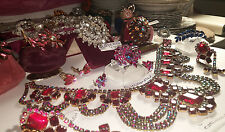 HUGE VINTAGE JEWELRY LOT ROBERT SHERMAN BOUCHER AUSTRIA TRIFARI JULIANA  134 Pcs