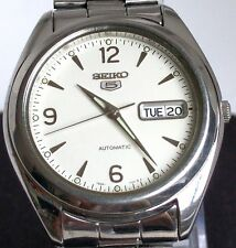 Seiko 5 --  Stunning White Dial, Vintage Automatic, men's watch