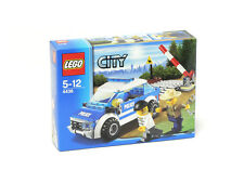 Lego City Town Forest Police 4436 Patrol Car Robber Boom Gate Minifigure NISB