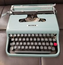VGUC Vintage Olivetti Lettera 22 Made In Italy Case, Cover, Cleaning Kit ++