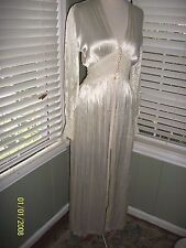 1930S WEDDING TROUSSEAU WHITE RAYON SATIN WITH LACE ROBE BALL BUTTONS S