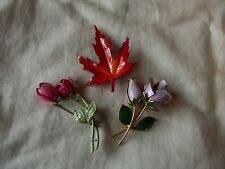 3 vintage costume jewelry pins brooches, enamel metal flowers roses maple leaf
