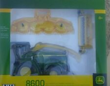 NEW 1/32 John Deere 8600 self propelled forage harvester chopper by Ertl, NICE!