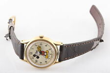 DISNEY MICKEY MOUSE W/ MOVING HANDS V515-6080 NEW BATTERY WRISTWATCH 6538