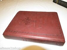 large Family Bible Thomas Nelson King James Version NKJV new and old testaments