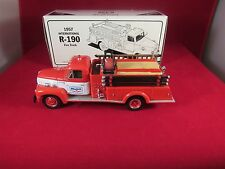 FIRST GEAR 1957 INTERNATIONAL R-190 FIRE TRUCK MOBIL NO. 2 1/34 SCALE DIE-CAST