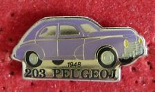 PIN'S VOITURE PEUGEOT 203 1948