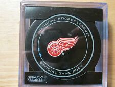 2014 NHL Detroit Red Wings Stanley Cup Playoffs Game Hockey Puck/Plastic Case