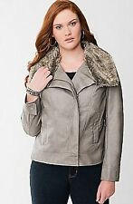 NEW LANE BRYANT PLUS SIZE Faux leather bomber jacket with fur  26/28