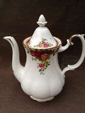 ROYAL ALBERT OLD COUNTRY ROSE Medium Size COFFEE POT