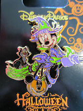 Disney Halloween Minnie Mouse as witch and Figaro pin