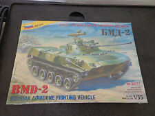 ZVEZDA 3577 - Russian Airborne Fighting Vehicle BMD-2 / Scale Model NEW Sealed