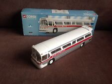 CORGI CLASSICS FISHBOWL TRAILWAYS GM 5302 BEACH via BOULEVARD 54303 US BUS USA