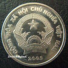 VIETNAM 200 DONG 2003 COIN
