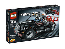 NIB! LEGO Technic Pick-Up Tow Truck 9395